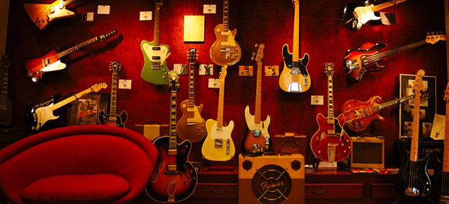 The 5 Most Wanted Gibson Guitars for Sale … and Affordable Alternatives