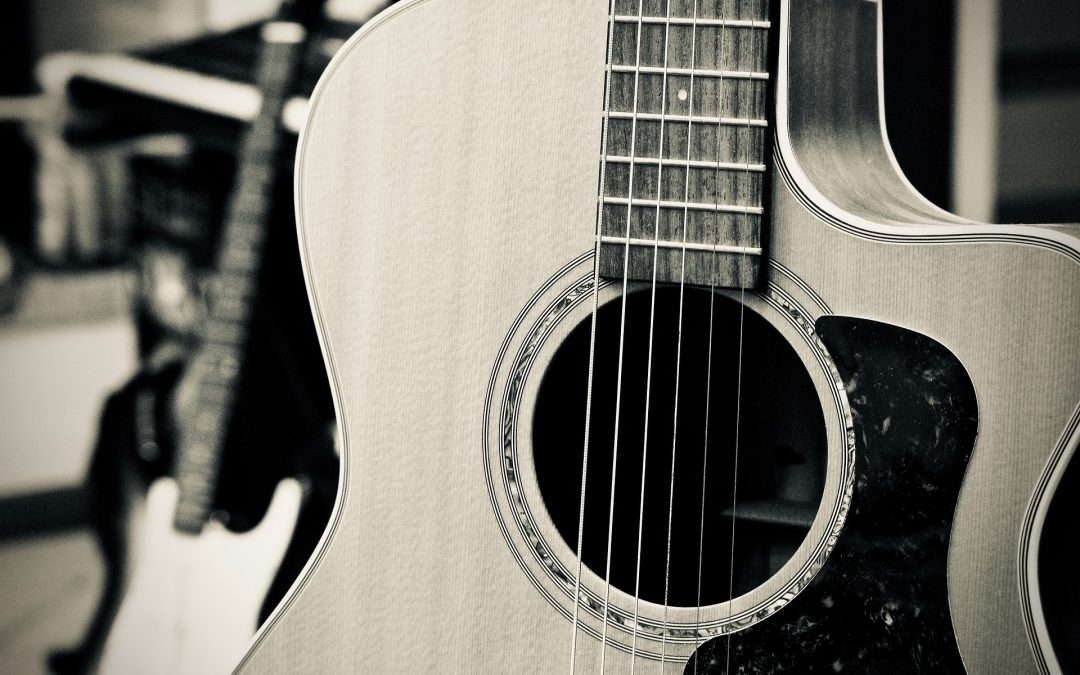 Acoustic Guitar Songs: The Best 6 Songs that You Can Easily Learn