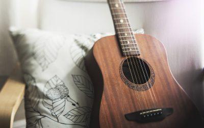 Top Eight Best Acoustic Guitar Strings